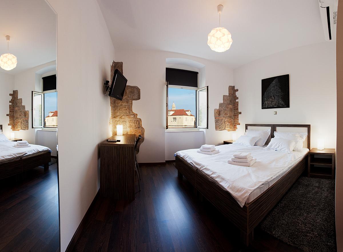 Marmontova split luxury rooms for Split room